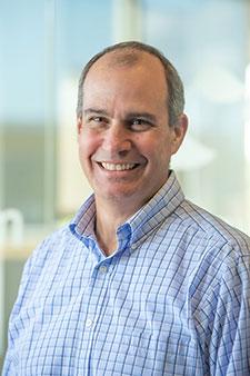 Pete Martinelli, Account Director